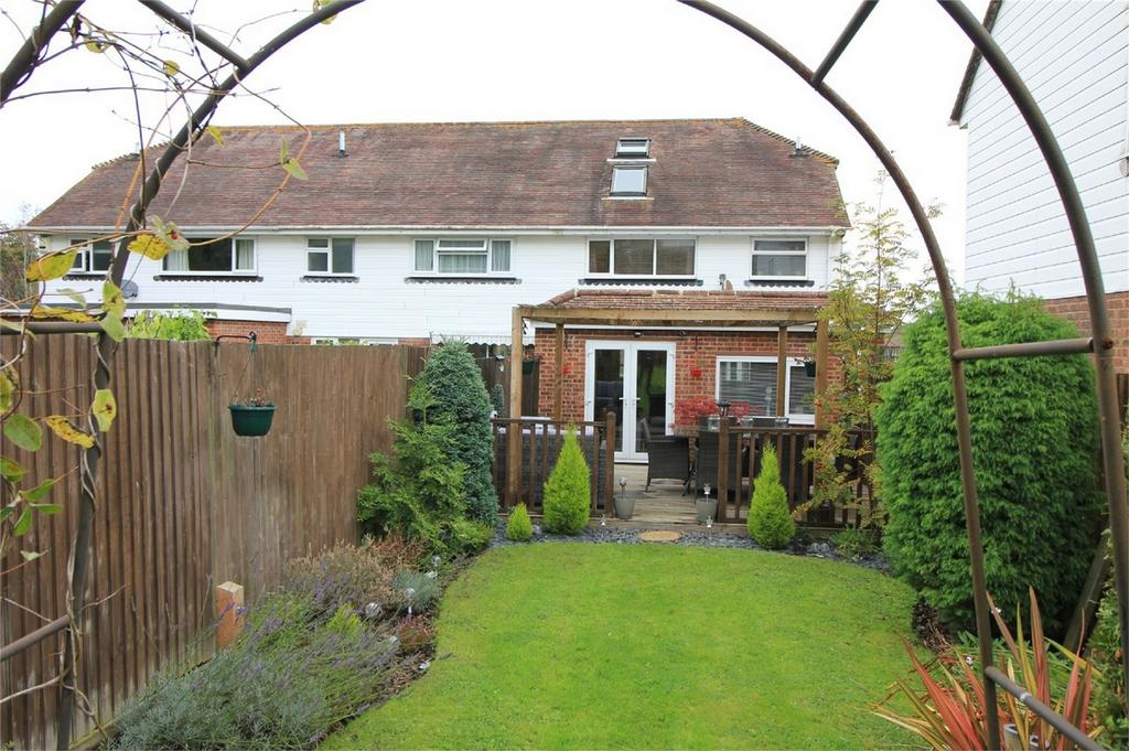 3 Bedrooms End Of Terrace House for sale in Heathlands, WESTFIELD, East Sussex