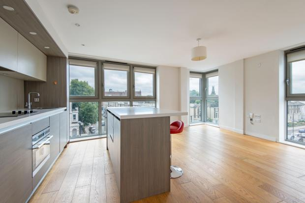2 Bedrooms House for sale in Camden Road, Camden, London, N7