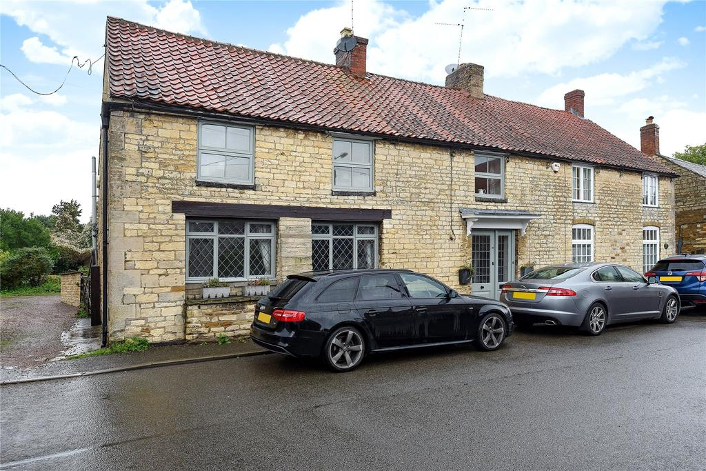 3 Bedrooms Semi Detached House for sale in High Street, Caythorpe, NG32