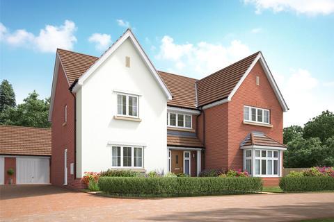 5 bedroom detached house for sale - Langland Place, Roydon, Essex, CM19