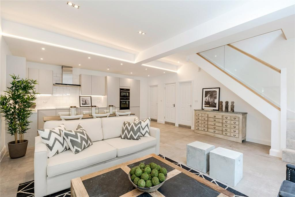 3 Bedrooms Mews House for sale in Bryanston Mews West, London, W1H