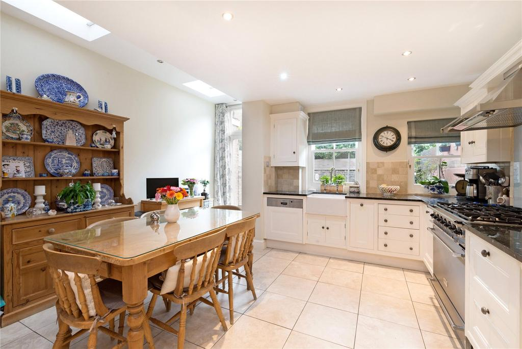 4 Bedrooms End Of Terrace House for sale in Clonmel Road, Fulham, London, SW6