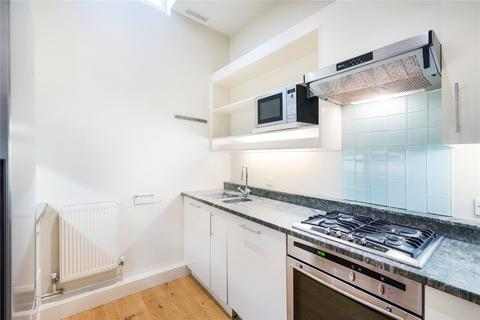 3 bedroom mews for sale - Dove Mews, Gloucester Road, London, SW5