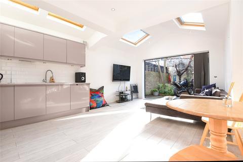 2 bedroom flat to rent - Hamilton Road, Wimbledon, London, SW19