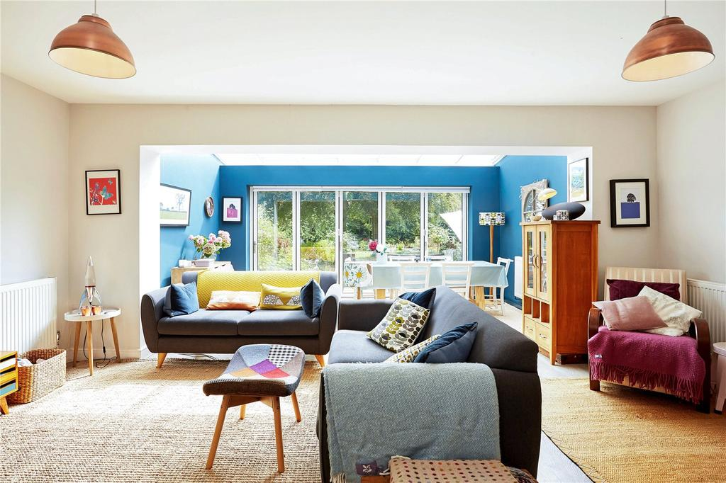 3 Bedrooms Semi Detached House for sale in Oakhurst Park Gardens, Hildenborough, Tonbridge, Kent, TN11
