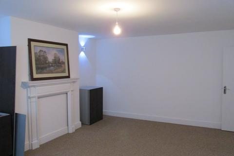 1 bedroom flat share to rent - Kyverdale road, London N16