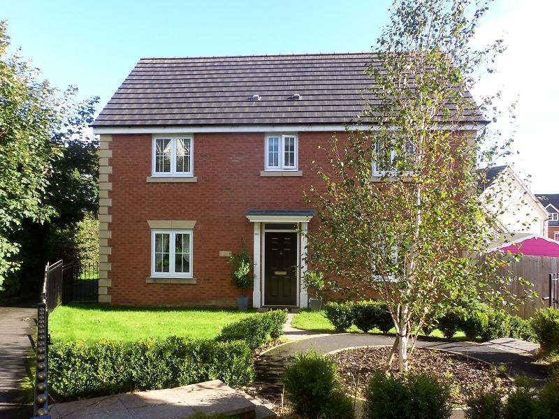 4 Bedrooms Detached House for sale in Pant Y Barcud , Carmarthen, Carmarthenshire.