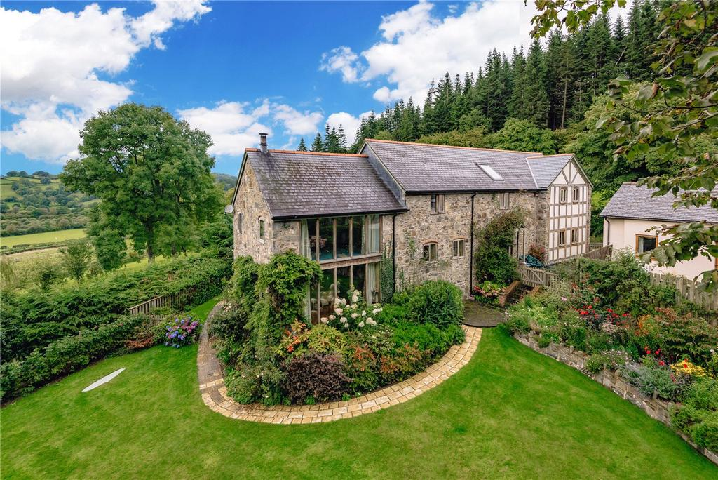 4 Bedrooms Barn Conversion Character Property for sale in Dolanog, Welshpool, Powys