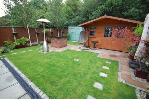 3 bedroom semi-detached house to rent - Renoir Place, Springfield, Chelmsford, CM1