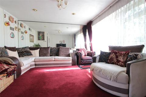 3 bedroom terraced house for sale - Demeta Close, Wembley, HA9