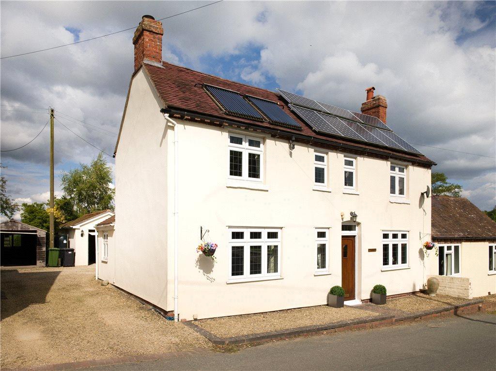 3 Bedrooms Semi Detached House for sale in Rock Cross, Rock, Kidderminster, DY14