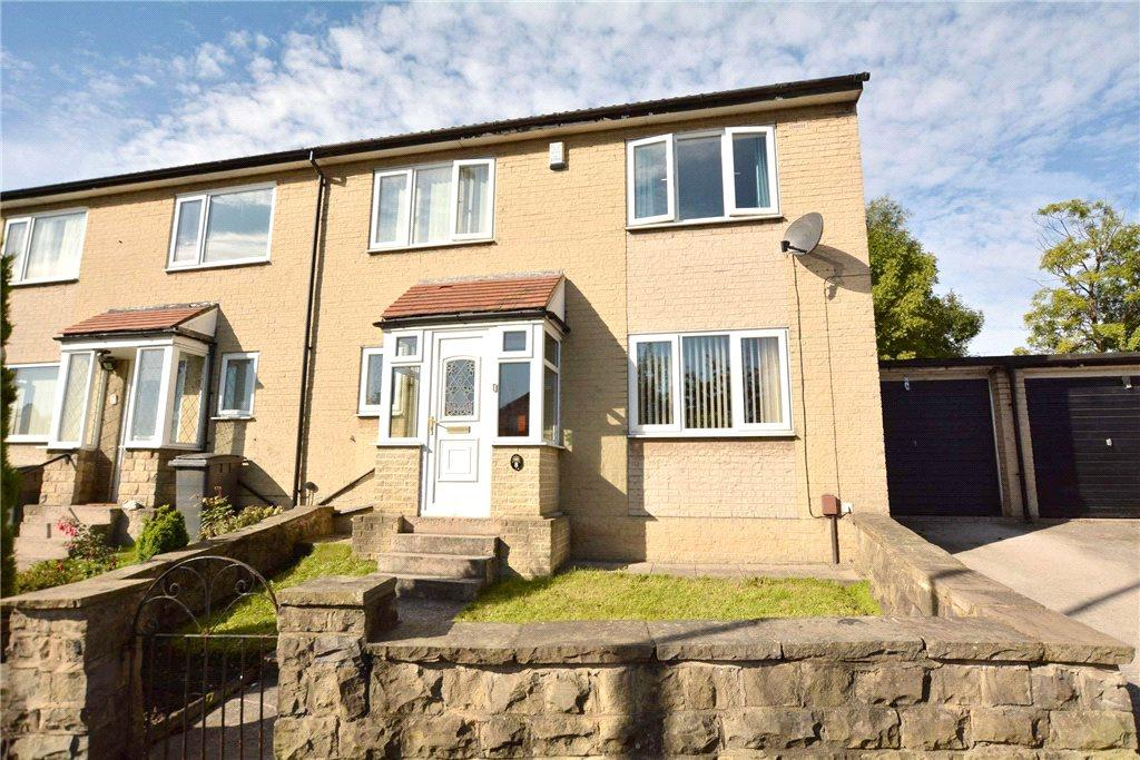 4 Bedrooms Semi Detached House for sale in Kent Road, Pudsey, West Yorkshire