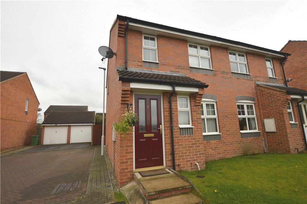 3 Bedrooms Semi Detached House for sale in Badminton View, Heritage Village, Leeds