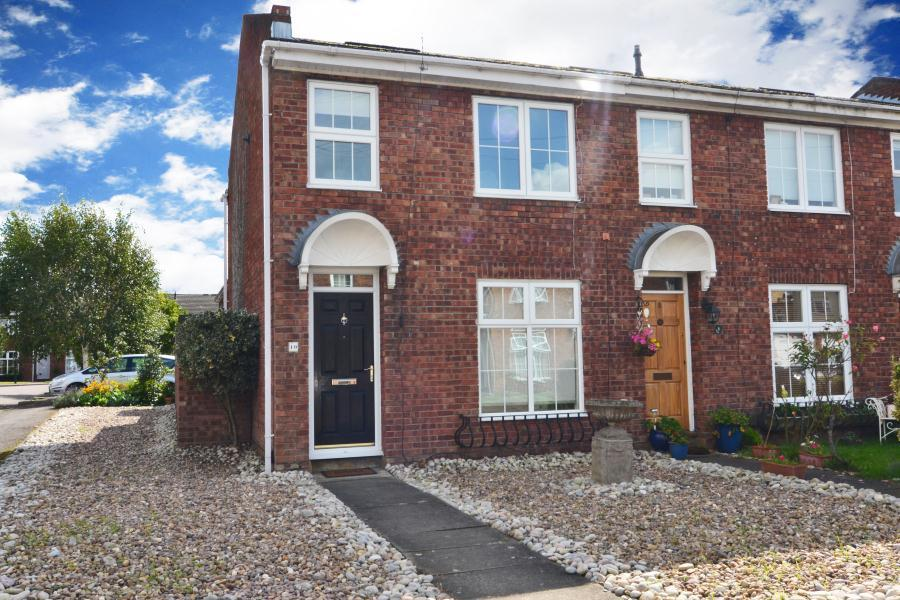3 Bedrooms House for sale in Appleby Close, Twickenham, TW2