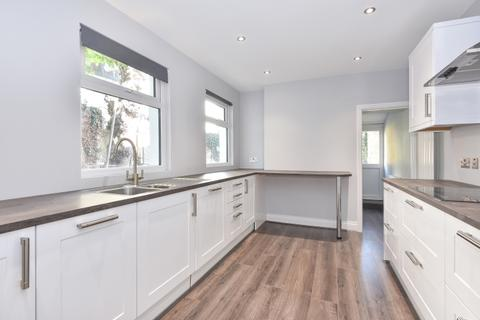 3 bedroom house to rent - Freelands Road Bromley BR1