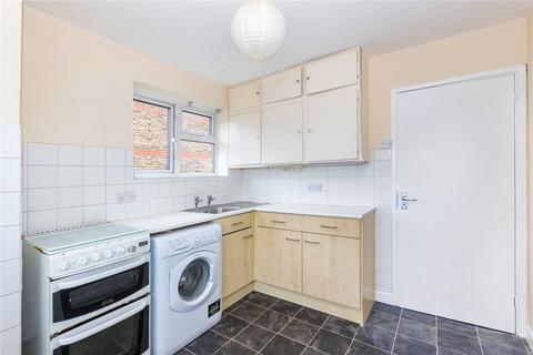 2 bedroom maisonette for sale - Brudenell Road, London, SW17