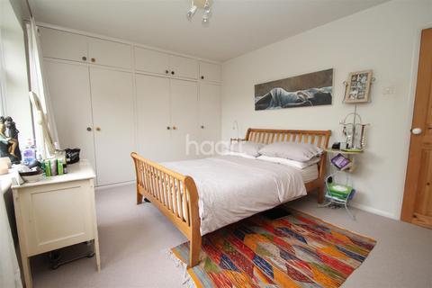 2 bedroom flat to rent - Cecil Avenue - Enfield - EN1