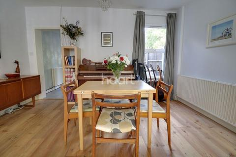 2 bedroom terraced house for sale - Goldsmith Road, Walthamstow