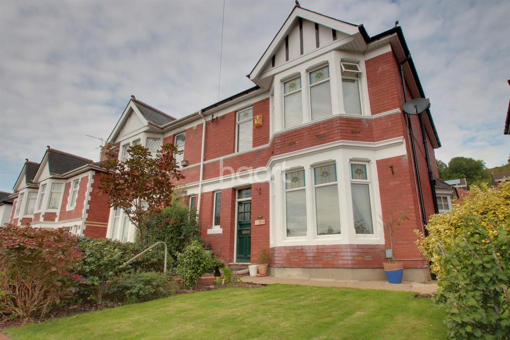 4 Bedrooms Semi Detached House for sale in Chepstow Road, Newport,