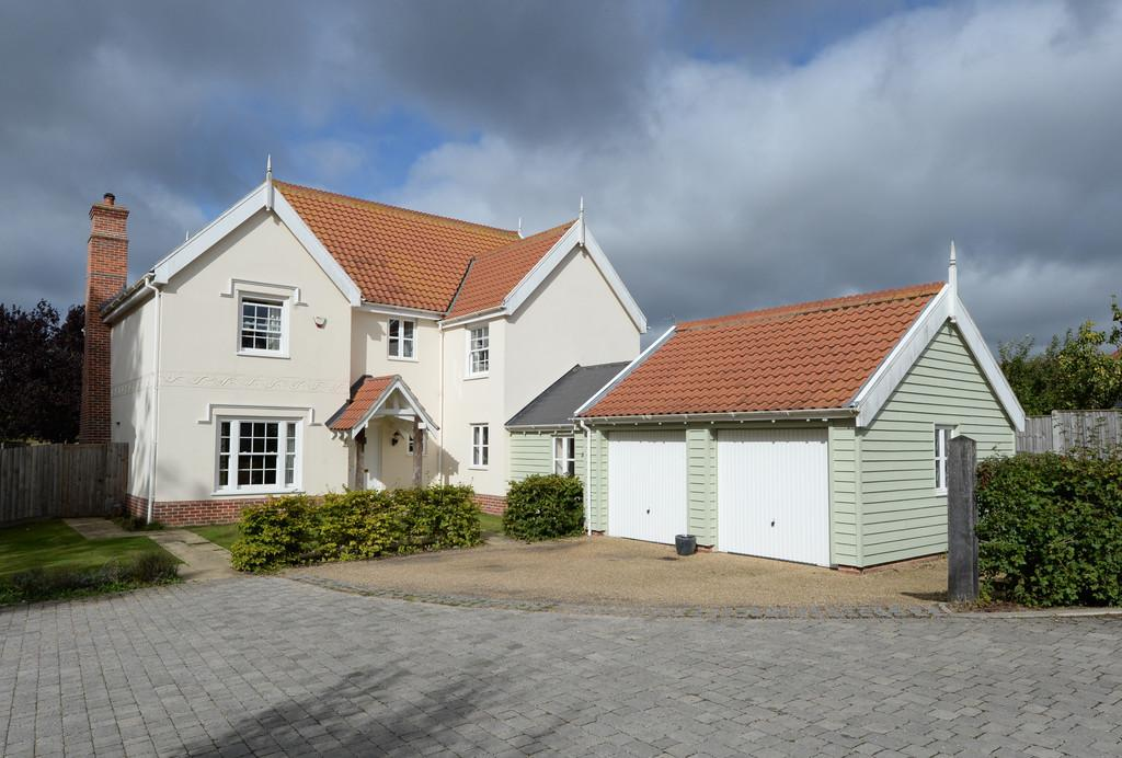 5 Bedrooms Detached House for sale in Framlingham, Suffolk