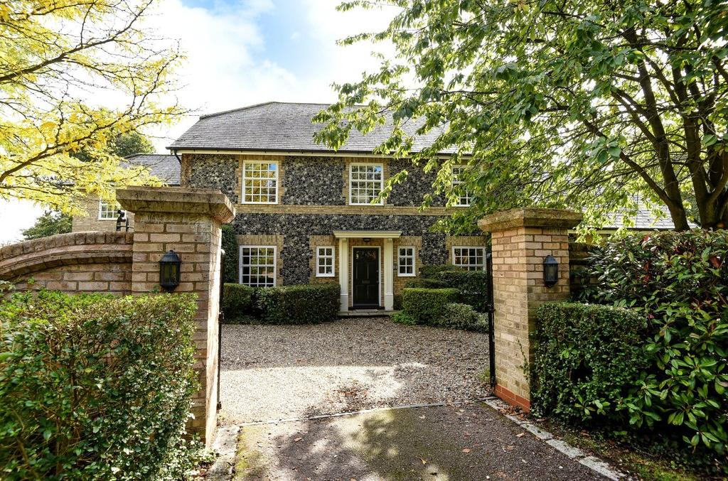 5 Bedrooms Detached House for sale in Rectory Gardens, Beyton, Bury St Edmunds, Suffolk, IP30