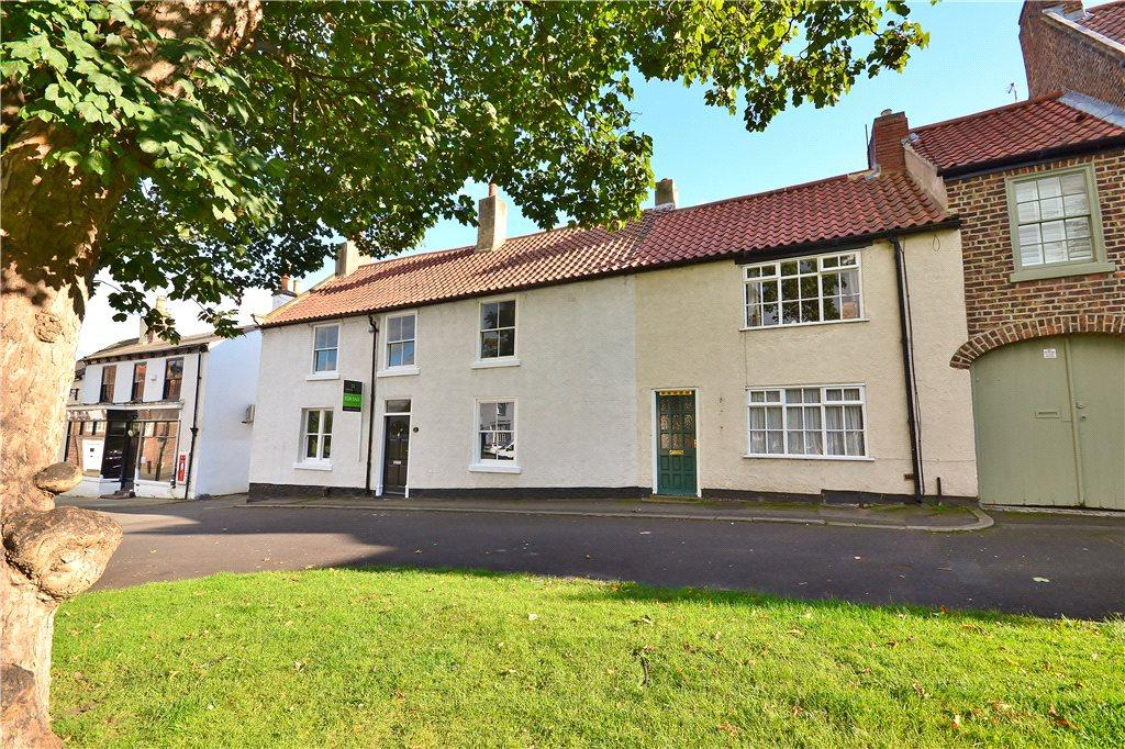 4 Bedrooms End Of Terrace House for sale in The Green, Norton, Stockton-On-Tees