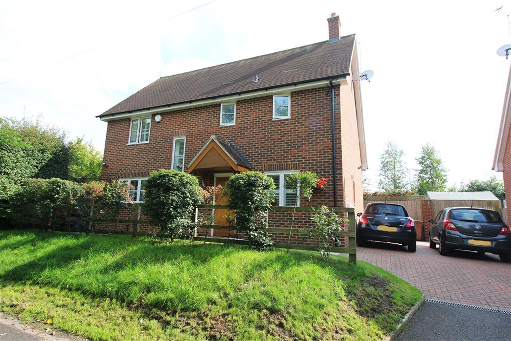 4 Bedrooms Detached House for sale in Weston Road, Stevenage, SG1 4DE