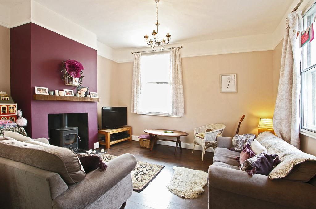 3 Bedrooms Semi Detached House for sale in Eaton Street, Eaton