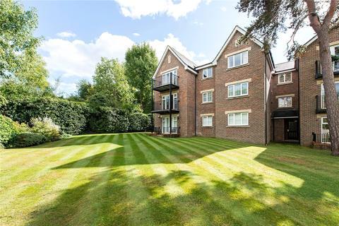 2 bedroom flat for sale - High Oaks, 33 Eastbury Avenue, Northwood, Middlesex, HA6