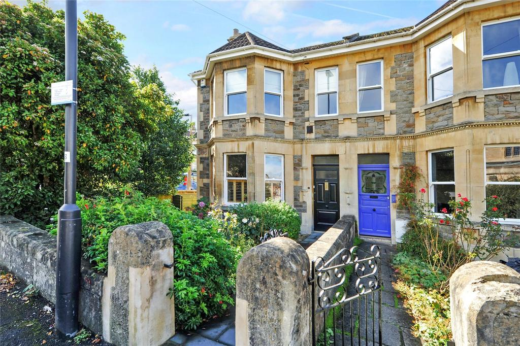 3 Bedrooms Semi Detached House for sale in King Edward Road, Bath, BA2
