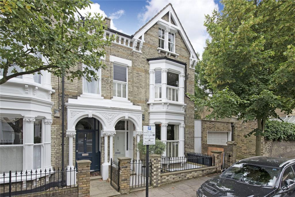 5 Bedrooms Semi Detached House for sale in Gorst Road, London, SW11