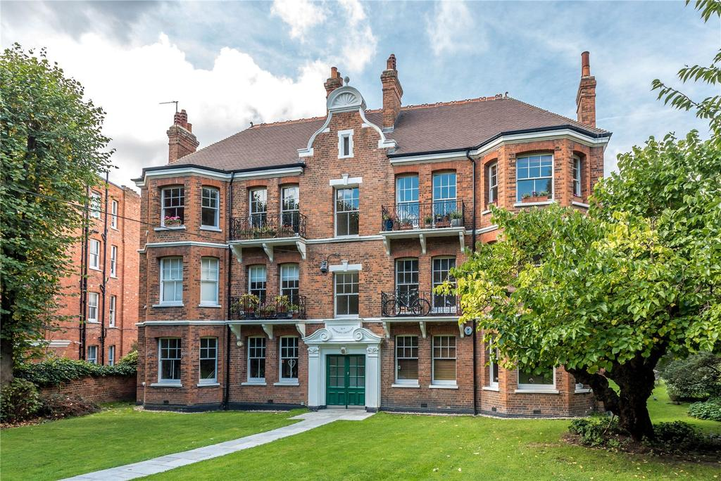 3 Bedrooms Flat for sale in Highbury Court, 15A Highbury Crescent, London, N5