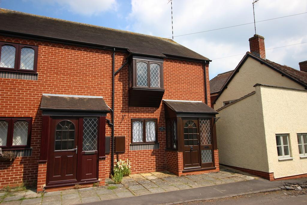 2 Bedrooms Semi Detached House for rent in Kineton