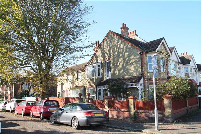 2 Bedrooms Flat for sale in Leicester Villas, Hove