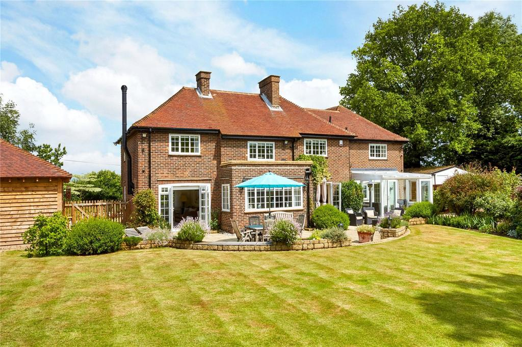 4 Bedrooms Detached House for sale in Easterfields, East Malling, West Malling, Kent, ME19