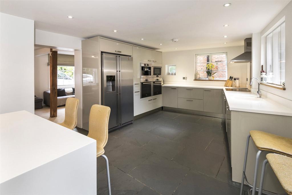 5 Bedrooms Detached House for sale in Church Street, Shoreham, Sevenoaks, Kent, TN14