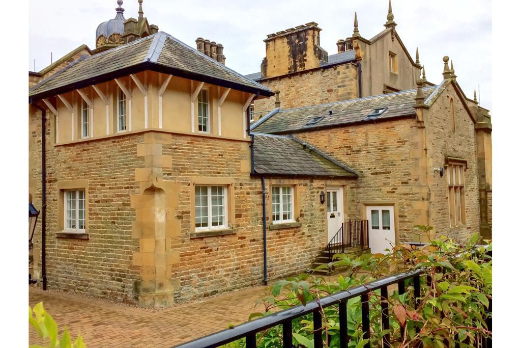 3 Bedrooms House for sale in 18 Eshton Hall, Eshton, Gargrave, Skipton