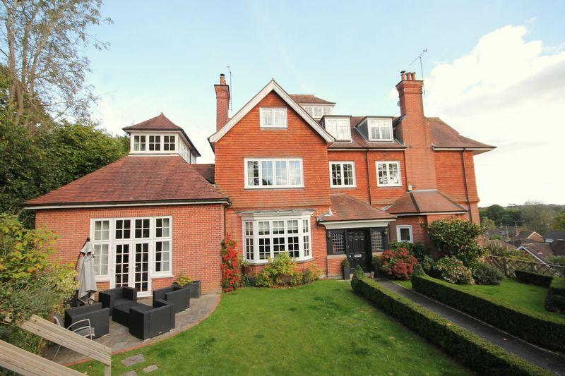 5 Bedrooms House for sale in Portsmouth Wood Drive, Lindfield, West Sussex