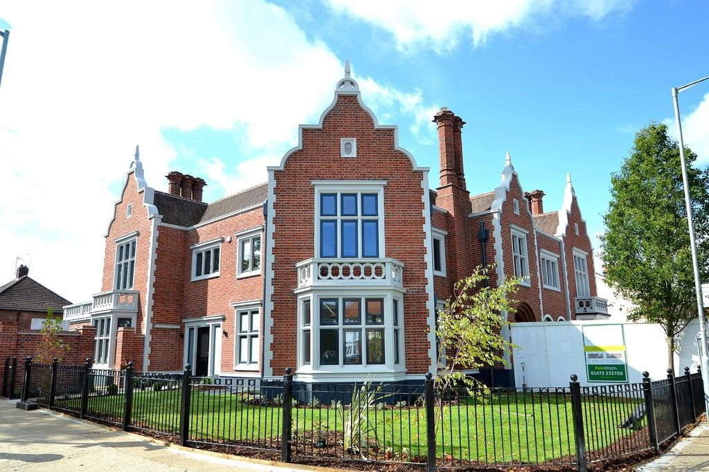 4 Bedrooms Town House for sale in Plot 3, The Follies, Felixstowe Road, Ipswich, IP3 9AA