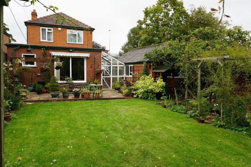 3 Bedrooms Detached House for sale in Greetwell Road, Lincoln