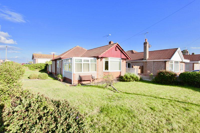 2 Bedrooms Detached Bungalow for sale in Grosvenor Road, Prestatyn