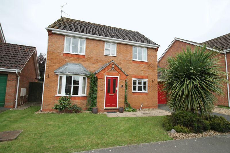 4 Bedrooms Detached House for sale in Belisana Road, Spalding