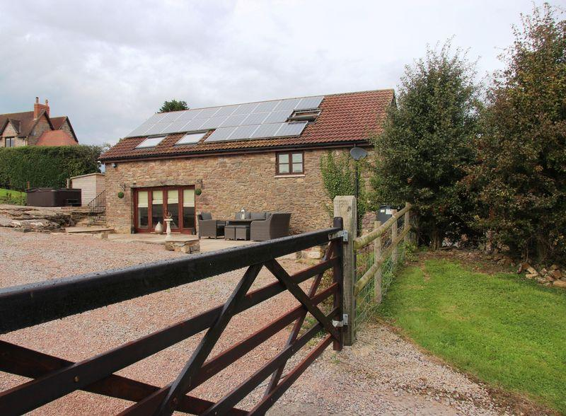 4 Bedrooms House for sale in Tithe Barn, Bowdens Lane, Penhow