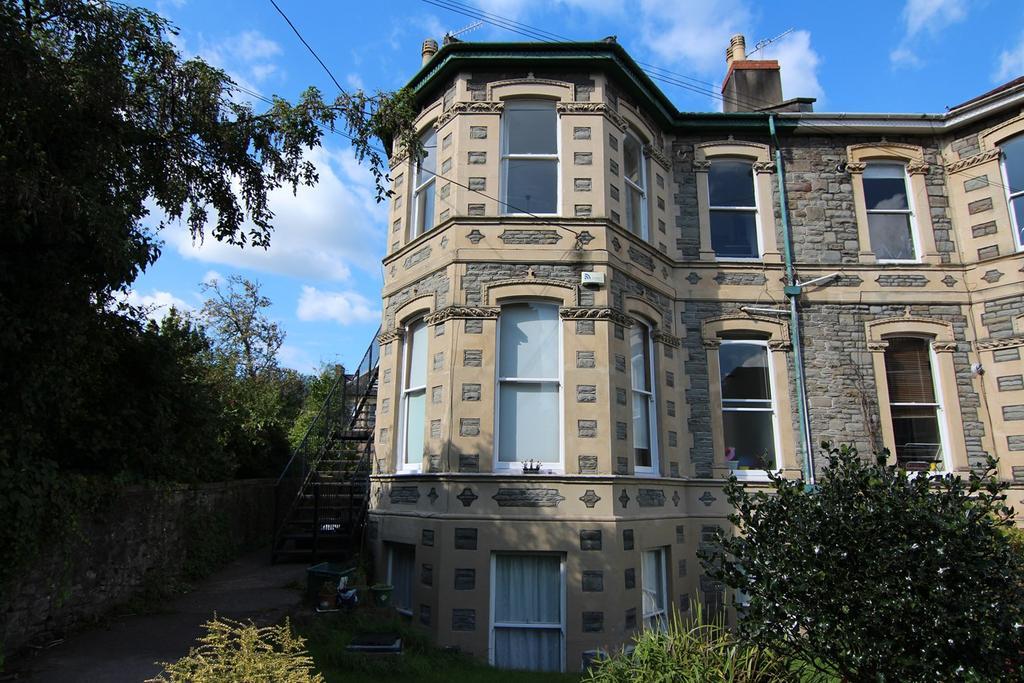 2 Bedrooms Flat for sale in Zetland Road, Redland, Bristol, BS6