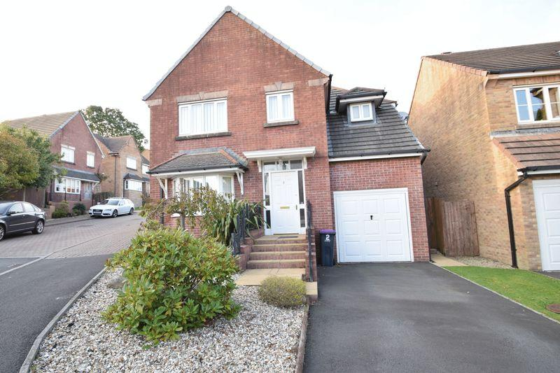 4 Bedrooms Detached House for sale in Museum Court, Griffthstown