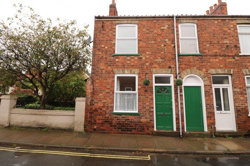 2 Bedrooms Semi Detached House for sale in Finkle Lane, Barton-Upon-Humber