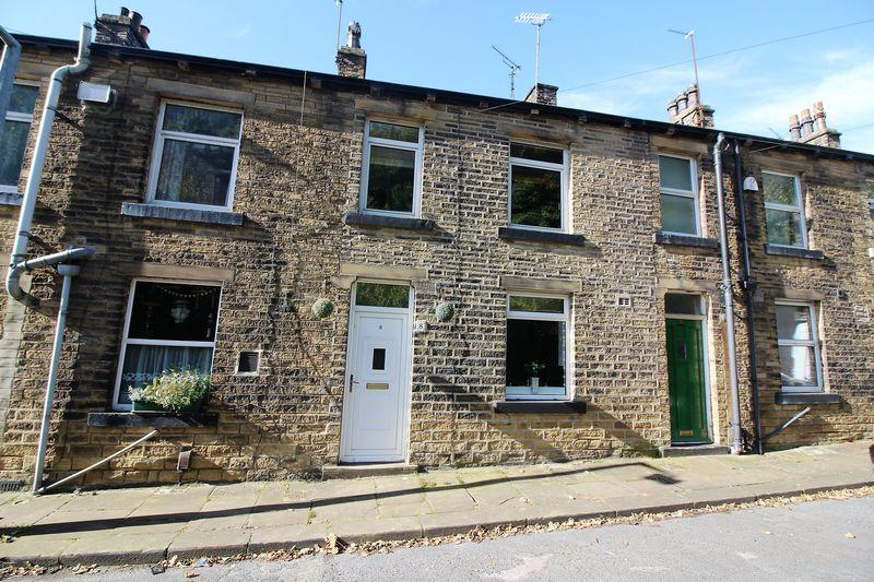 3 Bedrooms Terraced House for sale in Undercliffe Terrace, Scarbottom Road, Halifax