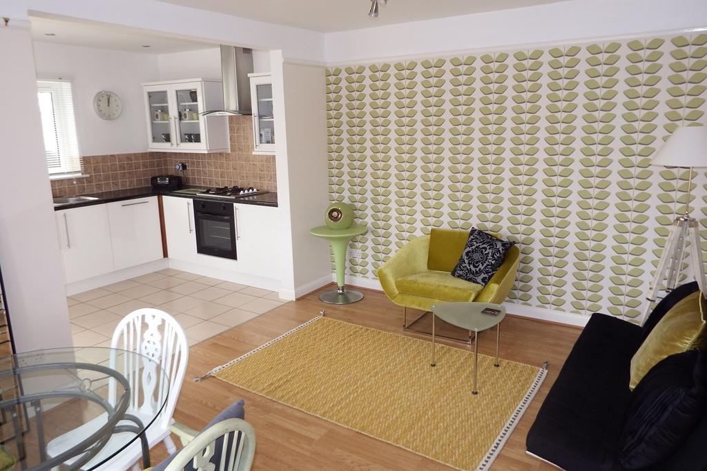 3 Bedrooms Detached House for sale in Love Lane , Spalding, Spalding , PE11