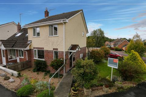3 bedroom semi-detached house for sale - Kiln Close, Bovey Tracey