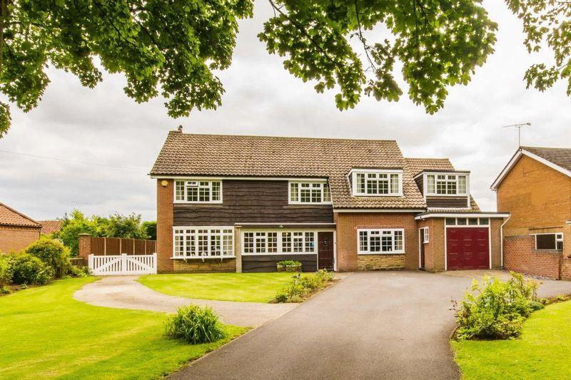 4 Bedrooms Detached House for sale in The Avenue, Burton Upon Stather, DN15